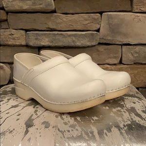 Dansko White Professional Clogs Size 37